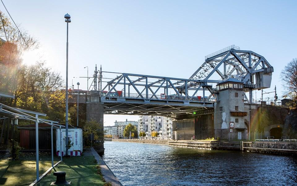 Danviksbron avstängd!